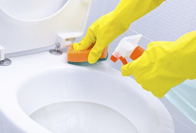 cleaning-kamar-mandi