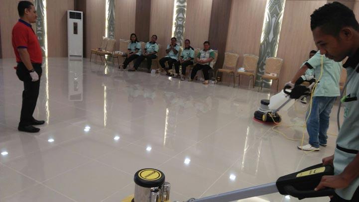 training-karyawan-kebersihan-duta-resik