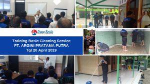 Training Basic Cleaning Service di PT. Argini